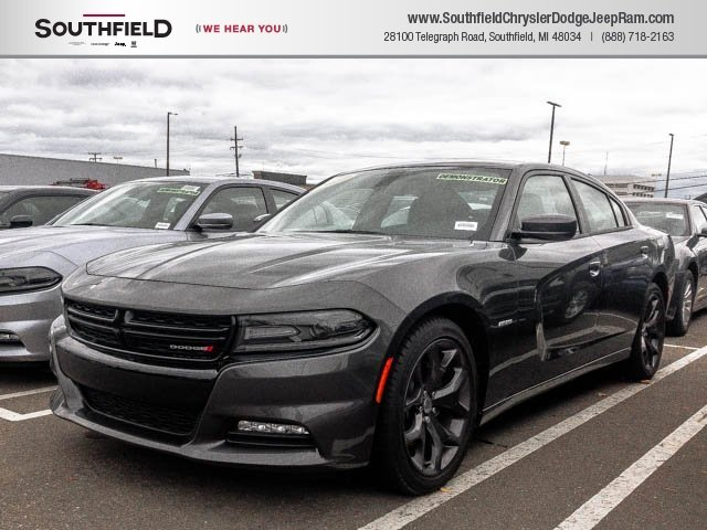 New 2017 Dodge Charger R T Sedan In Southfield 7x107 Southfield