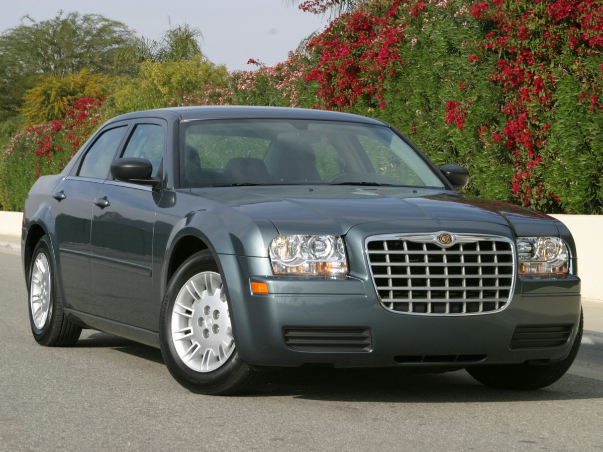 Pre-Owned 2007 Chrysler 300 Limited 4D Sedan in Southfield #15013A
