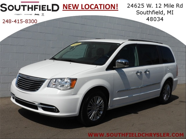 Certified Pre Owned 2016 Chrysler Town U0026 Country Touring L