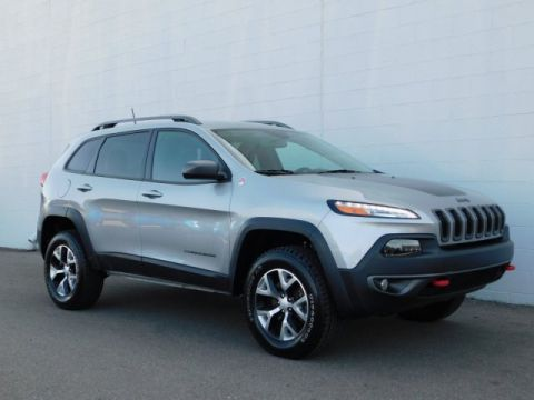 Certified Pre-Owned 2017 Jeep Cherokee Trailhawk L Plus